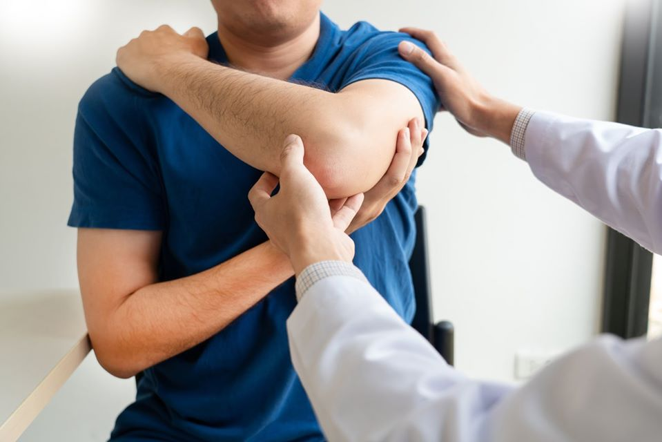 frozen shoulder treatment miami